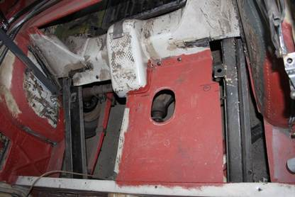 tankbayfloormod09.jpg