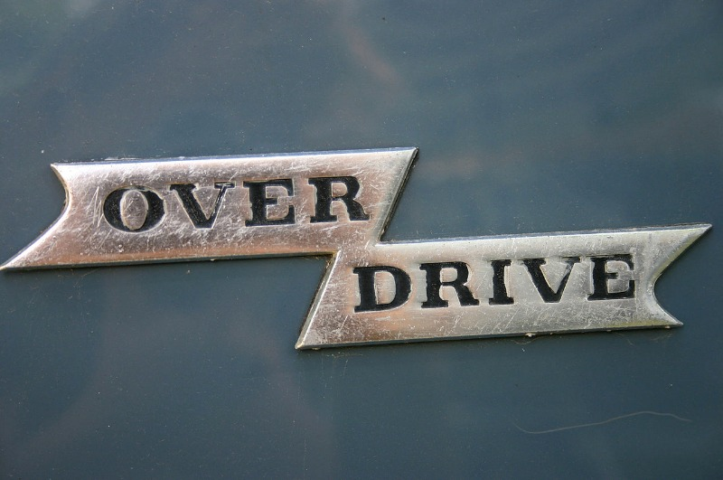 1280px-Volvo_Overdrive_Badge_old_type.jpg